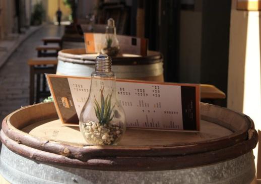 Kleine Bar in Saint-Tropez